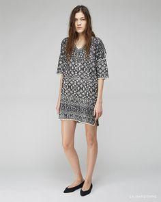 Isabel Marant Étoile / Beverly Embroidered Dress Isabel Marant / Plumy Denim Flat