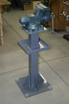 homemade bench vise heavy duty - Google Search