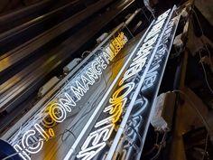 Enseignes Woko Bordeaux Fabricant, Lyon, Bordeaux, Baseball, Illuminated Signs, Urban, Bordeaux Wine