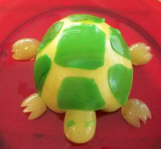 Great site for cute kids snack ideas  apple turtle with grape head and legs.  The shell is