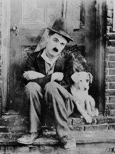 Happy birthday to Charlie Chaplin. Charles Spencer Chaplin was born in London, England, on April Charlie Chaplin, Charles Spencer Chaplin, Films Cinema, Photo Vintage, Silent Film, Vintage Hollywood, Caricatures, Retro, Dog Life