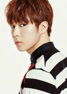 Stage Name: Dawon, Real Name: Lee Sanghyuk, Birthday: July 25, 1995, Height: 179 cm, Position: Vocalist