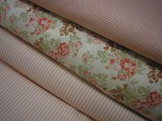 látka - metráž - RŮŽIČKY růžičky na smetanovém podkladu, 100% bavlna, šíře 140 cm, cena uvedena za 0,5 metru