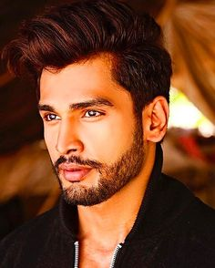 (FC Rohit Khandelwal) Akil Masih was born in Agrabah to a family who has always looked out and protected the Royal family. His father was a Royal guard and so that duty was passed down to Akil through bloodline and here he is to the day laying his life on the line and protecting the royals. This 23 years old is good when it comes to survival tactics and has a broad range of knowledge. Can be flirty at times but takes his job seriously and with pride. He's also someone who isn't looking for a…