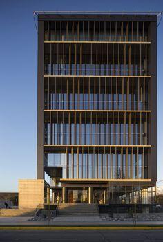 Galeria - Edifício Comercial Kennedy-Wisconsin / Alemparte-Morelli y Asociados Arquitectos - 1