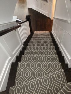 love this bold geometric carpet runner on these dark wood stairs! It made me think of S S S @ Young House Love and their new stairs! - Fox Home Design Wood Stairs, Basement Stairs, Wainscoting Stairs, Wainscoting Height, Black Wainscoting, Wainscoting Nursery, Black Stairs, Wainscoting Kitchen, Painted Wainscoting