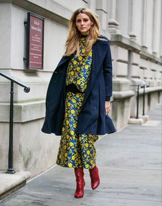 Snapped: At Carolina Herrera Fall 2016 - Olivia Palermo - Fashionhyper Olivia Palermo Outfit, Estilo Olivia Palermo, Olivia Palermo Lookbook, Street Style, Street Chic, Hit Girl, Look Chic, Carolina Herrera, Mode Inspiration