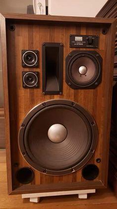 Audiophile Speakers, Hifi Audio, Audio Speakers, Stereo Speakers, Som Retro, Audio Rack, High End Audio, Sound & Vision, Loudspeaker