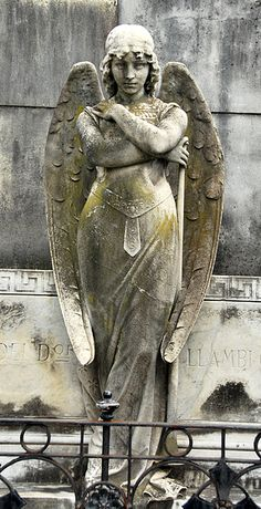 One of my favorite cemetery angels. In Recoleta Cemetery, Buenos Aires.