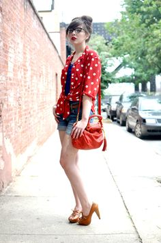 man Keiko always makes everything look so chic and effortless... even jean shorts!