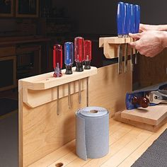 Portable Tool Rack: Keep the tools you need most close at hand. These handy racks can be moved anywhere in the shop. Wood Tool Box, Wood Tools, Diy Tools, Shop Storage, Shop Organization, Storage Ideas, French Cleat System, Home Workshop, Workshop Ideas
