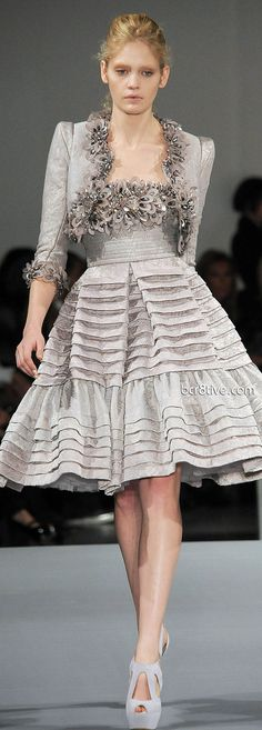 Elie Saab Spring Summer 2009 Haute Couture - I like the skirt on this dress