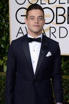 The Men of the Golden Globes 2016 Face Off: Clean Shaves vs. Beards
