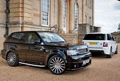Range Rover in Black and White....or perhaps in His and Hers