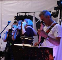 Guest singing with REPLAY - wedding band in SW France
