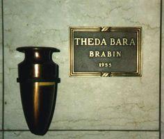 Theda Bara (1885 - 1955) - Find A Grave Photos