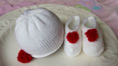 Hand knitted set for preemie baby in white by tinylovegifts, $24.00