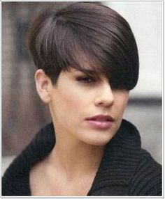 Short-Stacked-Wedge-Dark-Hair-Style-for-Girls Wedge Hairstyles For Short Hair Short-Stacked-We Short Wedge Haircut, Short Wedge Hairstyles, Short Haircut Styles, Short Hairstyles For Women, Short Dark Hair, Short Hair Cuts, Short Wavy, Straight Hair, Dorothy Hamill Haircut