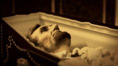 Close up of Lincoln lying in-state