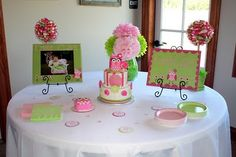 Adorable owl themed party
