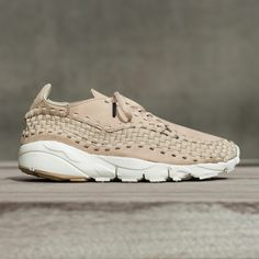 new product 16f36 ffbec Nike Air Footscape Woven. JYakov De · Premium Sneakers