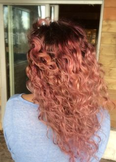 Lavender ombré Dyed Curly Hair, Colored Curly Hair, Curly Hair Styles, Natural Hair Styles, Pastel Hair, Pink Hair, Cabelo Rose Gold, Red Hair Woman, Pretty Hair Color