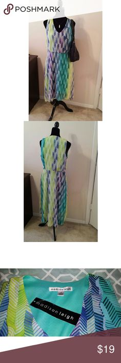 New! Madison Leigh Hi-Low Sleeveless Dress Sz. 8 **New with Tag: Missing matching fabric waist belt**   Madison Leigh Women's New with Tag Size: 8 Aqua/Multi Colors Chevron Print  Hi-Low hemline Sleeveless Side Zip 223-7616 Style: 15053195 ISBN: 883080436996 Shell & Lining: 100% Polyester Madison Leigh Dresses High Low