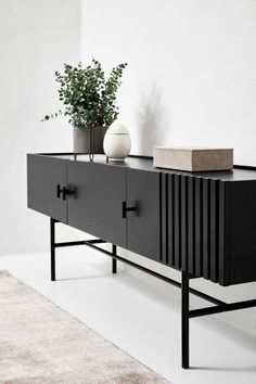 Tv Unit Design, Tv Unit Interior Design, Wall Unit Designs, Tv Wall Design, Tv Unit Furniture Design, Tv Furniture, Custom Furniture, Low Sideboard, Black Sideboard