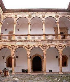 Castillo de La Calahorra en Granada (1509-1512). Michele Carlone. Vista del Patio.