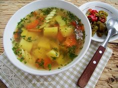 Supă de legume cu turmeric Turmeric Uses, Vegan Recipes, Cooking Recipes, Vegan Food, Cheeseburger Chowder, Thai Red Curry, Main Dishes, Deserts, Food And Drink