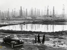Oil rigs on Signal Hill, Los Angeles, California. 1941 from Classic Pics on Twitter