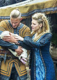 Bjorn Ironside and Lagertha - Alexander Ludwig and Katheryn Winnick in Vikings, set in the 9th century (TV series).