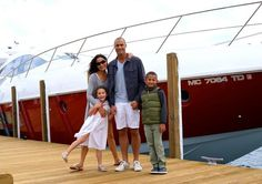 Nigel Barker with family