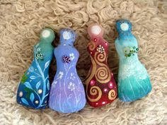 Earth Angels Art. Art and Illustrations by Amanda Clark: Spirit Dolls, art and painting and workshops.