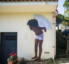 Bifido, street art con fotos - Esto no es arte