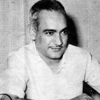 Rajesh's Writings : पुकारता चला हू मैं ….