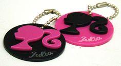 Tag/Chaveiro personalizado em acrílico  Tema: Barbie  Lembrancinha que pode ser personalizada com o nome dos convidados da festa ou da aniversariante.