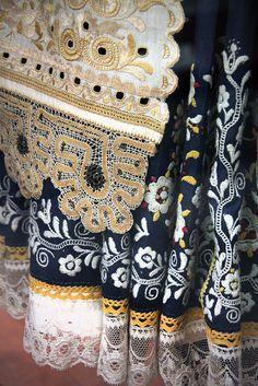 Detail - Slovak couple, Krakovány, Nyitra county, 1850-90 | Flickr - Photo Sharing! Folklore, Folk Costume, Costumes, Folk Dance, Folk Embroidery, Beautiful Patterns, Traditional Outfits, Vintage Fashion, Textiles
