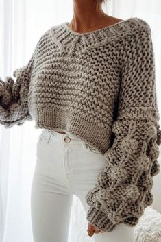 This post contains the best chic fall outfits. These outfits are perfect whether for casual days or for special days. They will make you look stunning. Cute Fall Outfits, Casual Outfits, Fashion Outfits, Womens Fashion, Fashion 2018, Outfits 2016, Autumn Outfits, Spring Outfits, Fashion Online