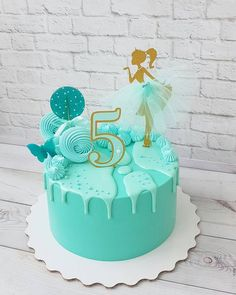 Teal monochromatic cake