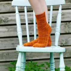 Vestigial, free sock pattern by Hedgehog Fibres