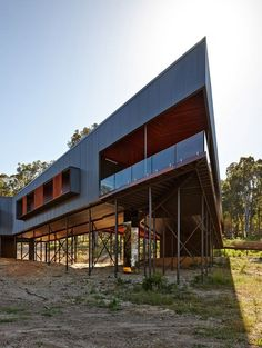 Nannup Vacation Home by Iredale Pedersen Hook rises over the Australian bush on stilts