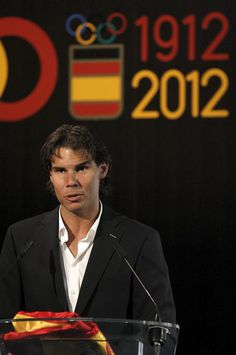 Rafa announces decision to pull out of the 2012 Olympics. Gutted...