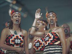 NEW-ZEALAND-maori-kapa-haka.jpg (993×750)