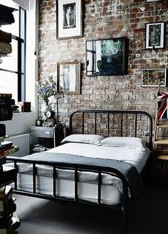Trying to find ideas for industrial bedroom decor, one of them is white industrial bedroom. CHECK THIS 25 Most Popular Industrial Bedroom You Should Try Industrial House, Industrial Apartment, Industrial Furniture, Urban Industrial, Industrial Interiors, Kitchen Industrial, Industrial Lamps, Modern Interiors, Industrial Style Bedroom