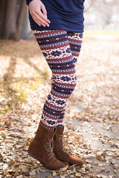 Adorable printed leggings for Fall/Winter!! Enter my $100 giveaway to Groopdeals today!!