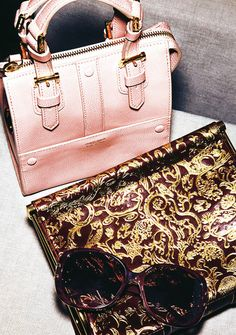 Erin Heatherton, divine égérie de Victoria's Secret Handbag Accessories, Women Accessories, Victoria's Secret, Erin Heatherton, Louis Vuitton Speedy Bag, Giorgio Armani, Pretty In Pink, Dior, Handbags