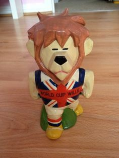 Authentic World Cup Willie 1966 Money Box | eBay