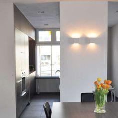 Wandleuchte Gipsy Nice: Moderne Wandleuchte aus weißen Gips. Die Leuchte kann auch angemalt werden. Die Leuchte strahlt ein schönes indirektes Licht aus.