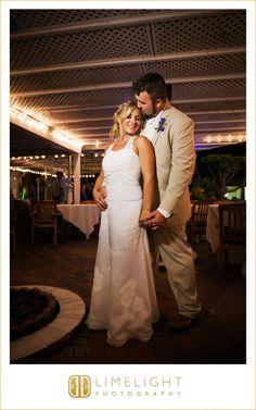 #wedding #photography #weddingphotography #destinationwedding #beachwedding #beach #tweenwatersinnresort #captiva #captivaisland #florida #stepintothelimelight #limelightphotography #brideandgroom #reception #weddedbliss